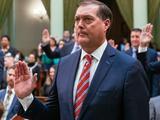 Acusan al asambleísta republicano Bill Brough de violar a una asistente legislativa