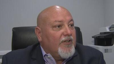 """""""Él nunca fue baleado"""": alcalde de Sweetwater sobre supuesto ataque en contra de voluntario de la campaña de José Díaz"""