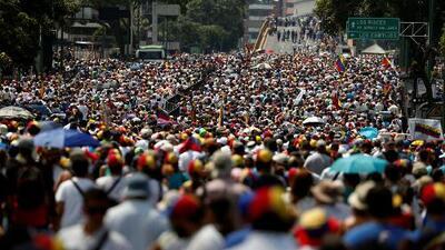 """""""Si no salvamos a Venezuela no logramos salvar a la región"""": analista político sobre la crisis en el país"""