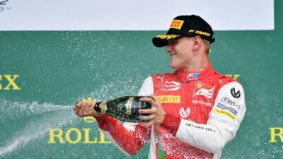 Mick Schumacher logró su primera victoria en la Fórmula 2
