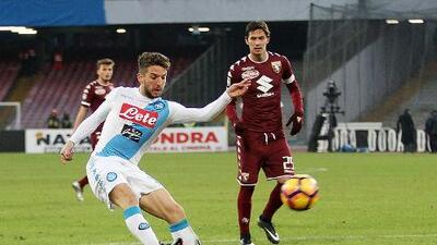 Nápoles vence al Torino en feria de goles en la Serie A
