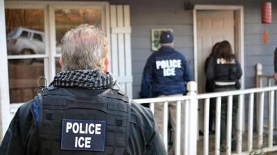 Decenas de personas en Queens alzan su voz en contra de los posibles operativos de ICE y la separación de familias