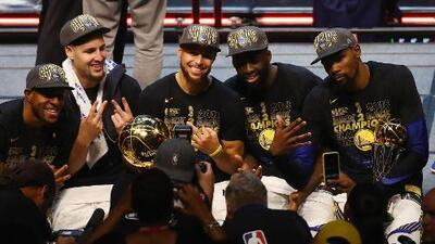 "Golden State Warriors recibe premio ""Sportsperson of the Year"" de Sports Illustrated"