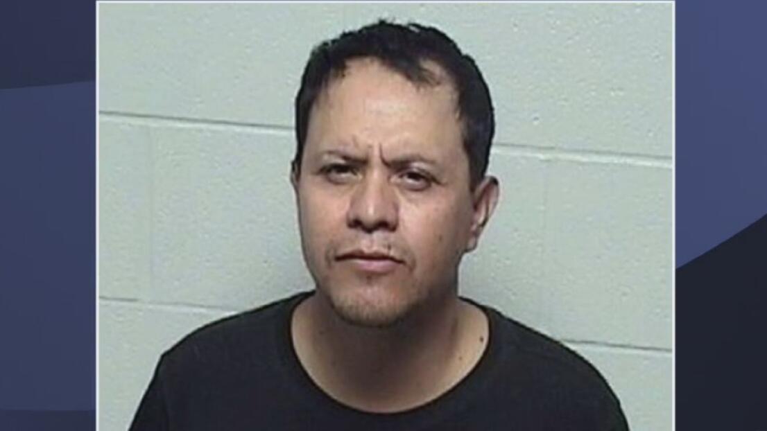 Este hombre en Waukegan es arrestado tras ser acusado de abuso sexual infantil