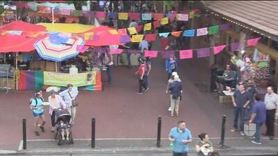 Fiesta San Antonio: La plaza del mercado más colorida que nunca