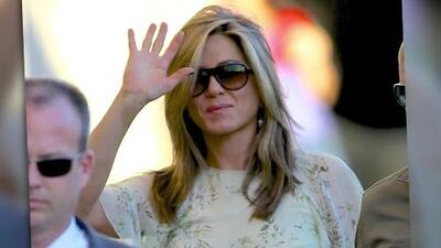 A Jennifer Aniston no le resulta 'doloroso' hablar con Brad Pitt
