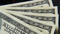 Expectativa entre algunos indocumentados en Chicago por posible aprobación del tercer paquete de estímulo económico