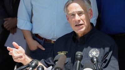 """""""El sospechoso planeaba suicidarse, pero no tuvo el valor"""": Gobernador de Texas sobre tiroteo en la secundaria al sur de Houston"""