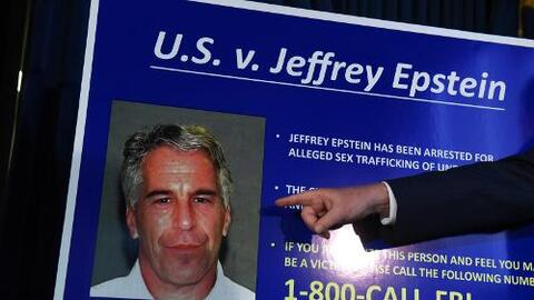 Las reclutaban afuera de la escuela: los escalofriantes detalles de las acusaciones de abuso de menores contra Epstein