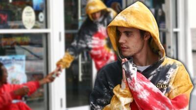 ¿Solo oración? No, Justin Bieber le regaló más que fe a un desamparado en Miami