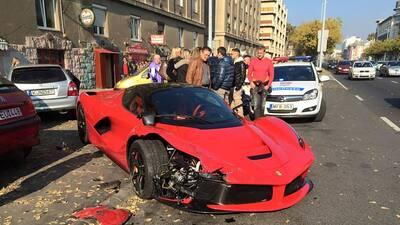 Video: Accidente de un Ferrari LaFerrari