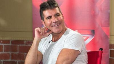 Simon Cowell aclara que no es gay