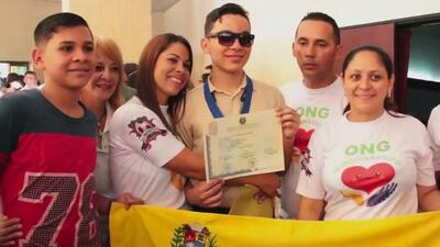 Despite losing his eyesight, Venezuelan Teen celebrates a milestone