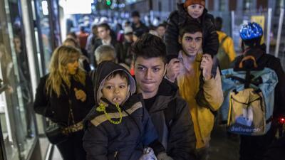 En fotos: Huyen de la violencia en Latinoamérica y se topan con un muro burocrático en España