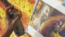"""""""Quiero enseñar el amor que le tenemos"""": el mural de un hispano que rinde homenaje a Kobe Bryant"""