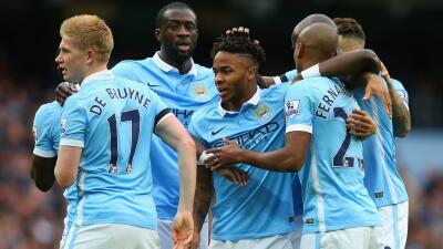 Manchester City 5-1 Bournemouth: Sterling y Bony reafirman el liderato del City