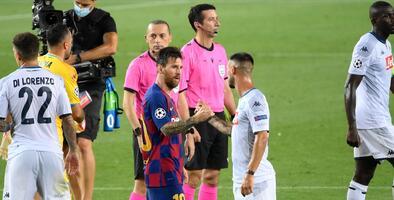 La arenga de Messi y su negativa de saludar al árbitro Cakir
