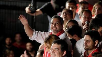 Paraguay elige un presidente que recuerda a viejos tiempos de dictadura