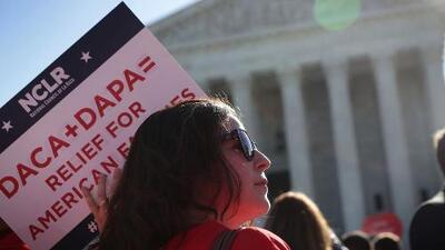 En un minuto: La Corte Suprema decide hoy si toma un caso sobre DACA para el próximo año