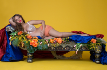 Beyoncé publica álbum de fotos de su embarazo y de su relación con Jay Z