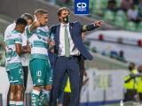 Almada le avisa a los Gallos que Santos jugará como si fuera una final