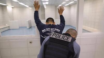 No se concretaron los operativos masivos de ICE en el Área de la Bahía, pero sí hubo detenidos
