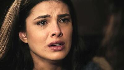 Aruna cree que Adara es su madre
