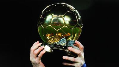 Los 30 mejores del planeta fútbol luchan por el codiciado Balón de Oro