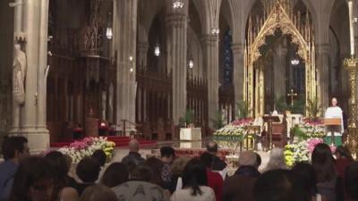 Católicos acudieron a la catedral de San Patricio en Nueva York en medio de fuertes medidas de seguridad