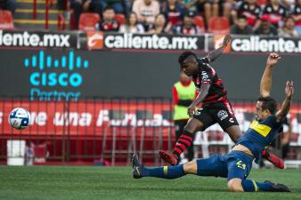 Con gol de Miller Bolaños, Xolos despacha 1-0 a Boca Juniors en partido amistoso