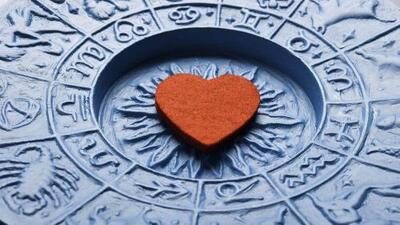 Con quién eres compatible en el amor y con quién no, según los signos
