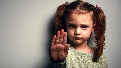 Cómo educar a un hijo para que no se deje manipular por sus amigos