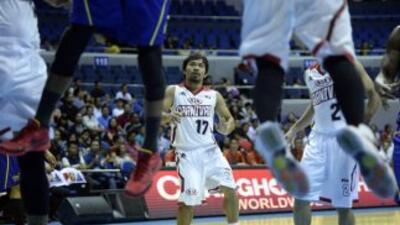 Expulsan a jugador de la Liga de basquetbol filipina por hablar mal de Pacquiao