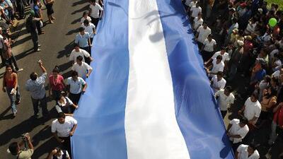 """Salvadoreño: """"La situación en el país no ha mejorado"""""""