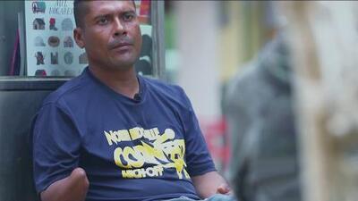 ¿Regresar o continuar solo? La encrucijada de un hondureño mutilado por 'La Bestia' que decidió abandonar la caravana de migrantes