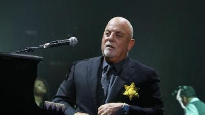 BILLY JOEL SPEAKS OUT BY WEARING YELLOW 'STAR OF DAVID' PATCH AT NYC CONCERT