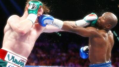 Buscan revancha entre Canelo y Mayweather