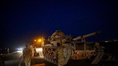 Turquía lanza ofensiva militar contra los kurdos al día siguiente que Trump anunció el retiro estadounidense de Siria