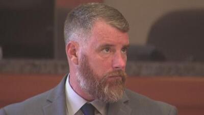 Segundo día de deliberaciones en juicio contra Terry Thompson, acusado de matar al hispano John Hernández