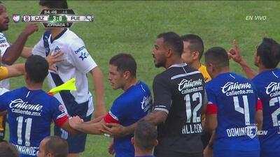Se desata pelea tras el final del partido entre Cruz Azul y Puebla