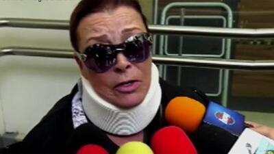 """Aún estando """"toda lisiada"""", Sylvia Pasquel aseguró a su salida del hospital que no parará de trabajar"""