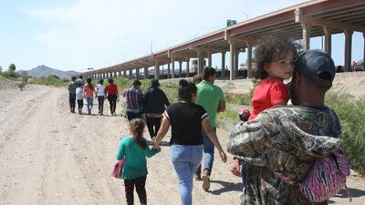 ¿En qué consiste el plan de México para bajar en 45 días la cifra de migrantes que llegan a su frontera con EEUU?