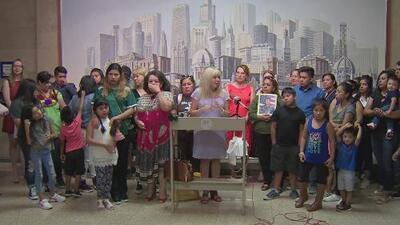 Preocupación en la comunidad inmigrante de Chicago por presunta redada de ICE en el vecindario de Pilsen