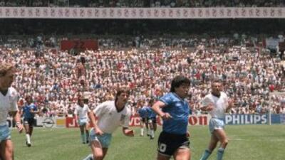 Nueva versión del gol de Maradona ante Inglaterra desde un ángulo distinto