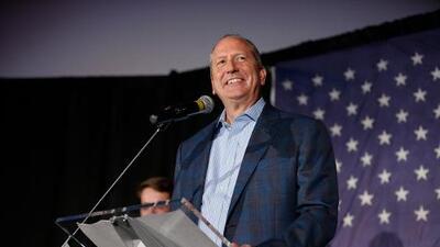 El republicano Dan Bishop gana elecciones especiales en Carolina del Norte por un escaño en el Congreso de EEUU