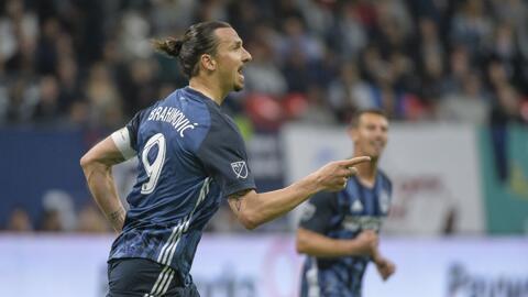 """Entre goles """"robados"""" y grandes fallos, Zlatan se reprochó: """"Debería tener 6 o 7 goles"""""""