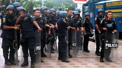 Policías, blanco de ataques en Venezuela