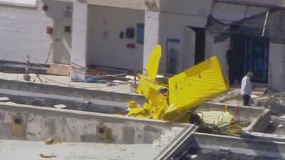 Murió el piloto de la avioneta que se estrelló contra un edificio en Florida