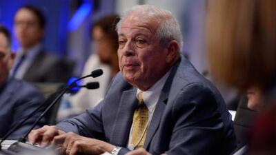 Tomás Regalado es nombrado director de la Oficina de Transmisiones a Cuba