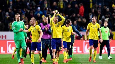 Italia pone en peligro su presencia en el Mundial tras perder en Suecia